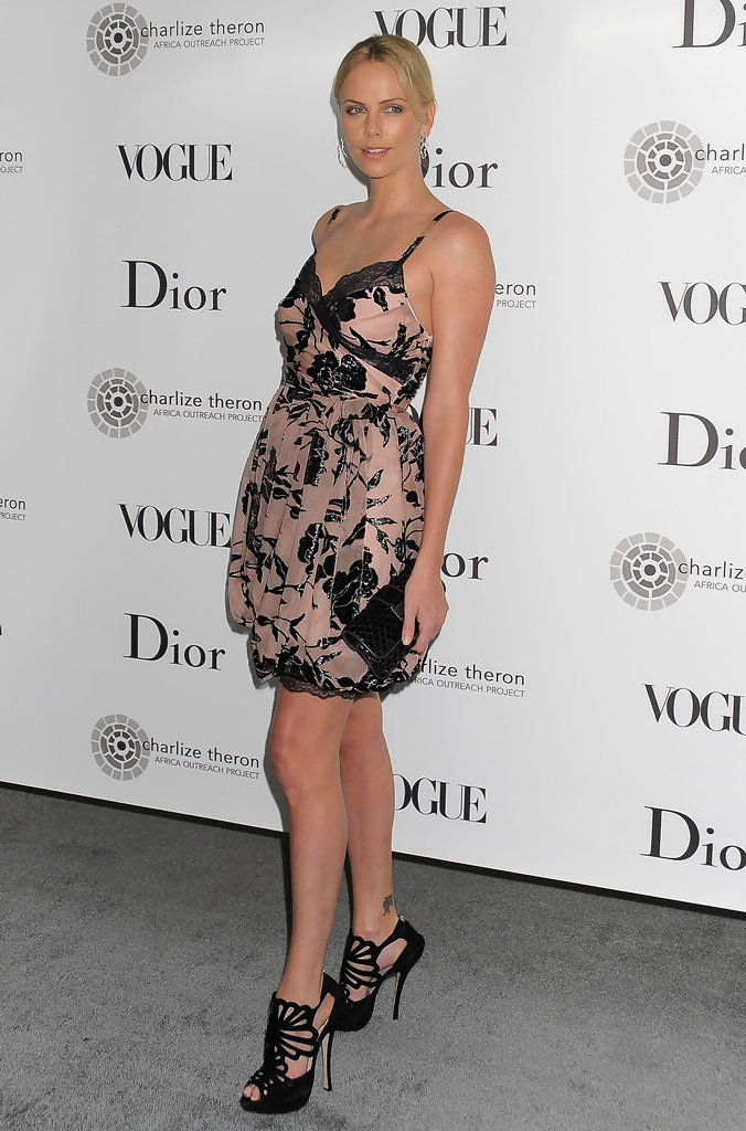 Photo : zoom sur les superbes jambes de Kirsten Dunst